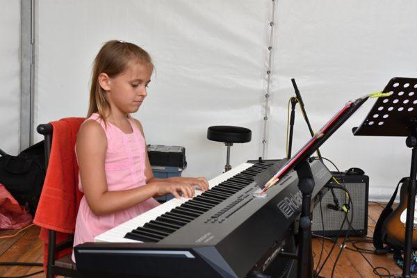 Slavnostní koncert 2019 ZUŠ Nehvizdy75